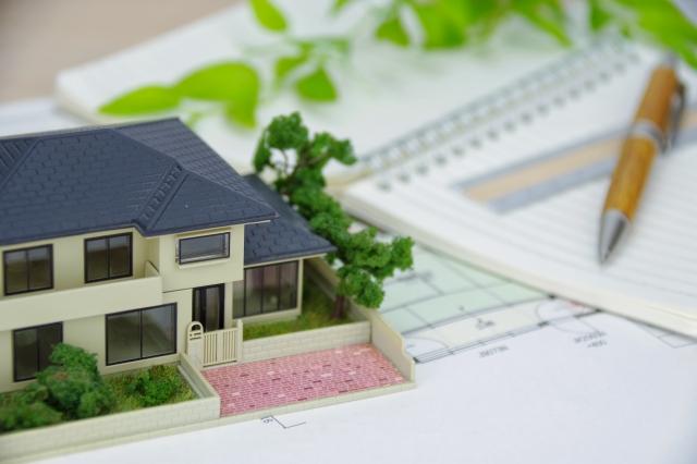 親の入居先「老人ホーム」探しは、いつからはじめたらよいですか?-(1)